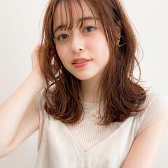 フェミニン アンニュイほつれヘア モテ髪 大人可愛い ヘアスタイルや髪型の写真・画像