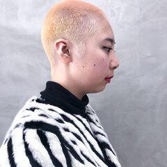 ホワイトブリーチ オシャレ坊主 ベリーショート ダブルカラー ヘアスタイルや髪型の写真・画像