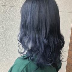 グラデーションカラー モード ミディアム ブルーグラデーション ヘアスタイルや髪型の写真・画像