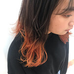 セミロング インナーカラーオレンジ グラデーション オレンジカラー