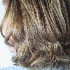 コントラストハイライト 大人ハイライト ミディアム ハイライト ヘアスタイルや髪型の写真・画像