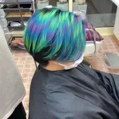 カラーバター ハンサムショート オーロラカラー モード ヘアスタイルや髪型の写真・画像