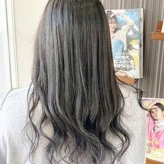 モード セミロング インナーカラー インナーカラーシルバー ヘアスタイルや髪型の写真・画像