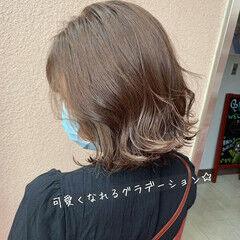 ハイライト ナチュラル ゆる巻き ナチュラルグラデーション ヘアスタイルや髪型の写真・画像