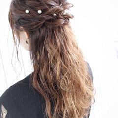 ヘアピン ハーフアップ ヘアアレンジ 結婚式 ヘアスタイルや髪型の写真・画像