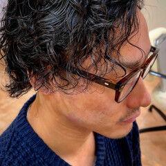 スパイラルパーマ メンズパーマ ショートヘア ストリート ヘアスタイルや髪型の写真・画像