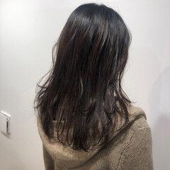 ナチュラル 学生 大学生 インナーカラー ヘアスタイルや髪型の写真・画像