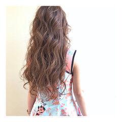 ナチュラル ロングヘア モテ髮シルエット ロング ヘアスタイルや髪型の写真・画像
