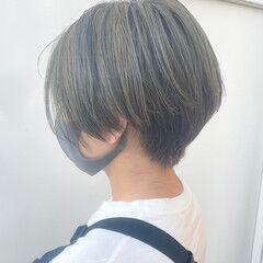 ショートボブ ナチュラル ショート オリーブグレージュ ヘアスタイルや髪型の写真・画像