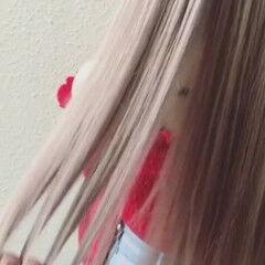 ストレート 大人女子 金髪 ロング ヘアスタイルや髪型の写真・画像