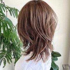 大人可愛い 大人ハイライト 透明感カラー ヌーディベージュ ヘアスタイルや髪型の写真・画像