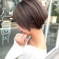 ショートボブ モカベージュ ショコラブラウン ナチュラル ヘアスタイルや髪型の写真・画像