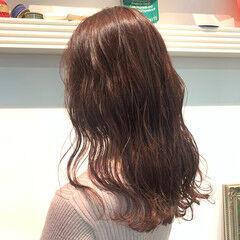 透明感カラー ラベンダーグレージュ セミロング ナチュラル ヘアスタイルや髪型の写真・画像