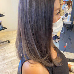 ミディアム ラベンダーカラー フェミニン ラベンダー ヘアスタイルや髪型の写真・画像