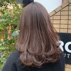 ワンカール アッシュブラウン ロングヘアスタイル ナチュラル ヘアスタイルや髪型の写真・画像
