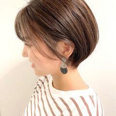 ミニボブ ショート ベリーショート ナチュラル ヘアスタイルや髪型の写真・画像