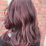 ミディアム フェミニン ピンク ハイライト