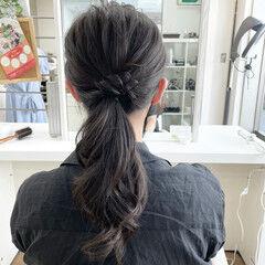 セルフヘアアレンジ セミロング ローポニー ナチュラル ヘアスタイルや髪型の写真・画像