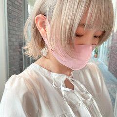 ショートヘア ホワイト ショートボブ ホワイトベージュ ヘアスタイルや髪型の写真・画像