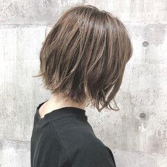 ベージュ アッシュベージュ 外ハネボブ ボブ ヘアスタイルや髪型の写真・画像
