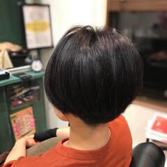 ショート ダークアッシュ モード ハンサムショート ヘアスタイルや髪型の写真・画像