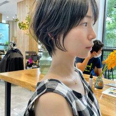 切りっぱなしボブ ショートヘア アンニュイほつれヘア ナチュラル ヘアスタイルや髪型の写真・画像