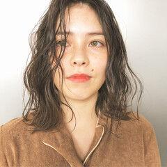 ベージュ ナチュラルベージュ ナチュラル ミディアム ヘアスタイルや髪型の写真・画像