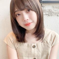 ミディアムレイヤー 縮毛矯正 ストレート デート ヘアスタイルや髪型の写真・画像