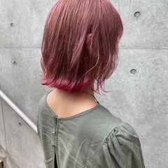 ナチュラル 裾カラー ピンクベージュ くびれボブ ヘアスタイルや髪型の写真・画像