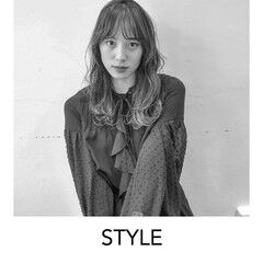簡単ヘアアレンジ 原宿 スタイリング ナチュラル ヘアスタイルや髪型の写真・画像