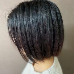 モード 切りっぱなしボブ 白髪染め 髪質改善トリートメント ヘアスタイルや髪型の写真・画像