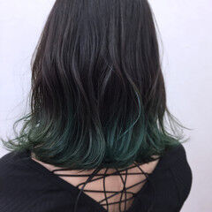 リラックス アンニュイ ツートン ミディアム ヘアスタイルや髪型の写真・画像