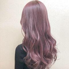 ロング フェミニン ダブルカラー 大人かわいい ヘアスタイルや髪型の写真・画像