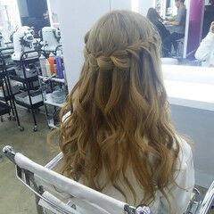花 フェミニン 編み込み ロング ヘアスタイルや髪型の写真・画像