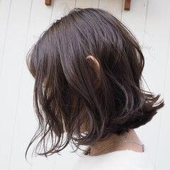 濡れ感 ゆるナチュラル フェミニン ボブ ヘアスタイルや髪型の写真・画像