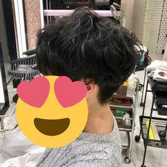 メンズマッシュ 王道 メンズパーマ マッシュ ヘアスタイルや髪型の写真・画像