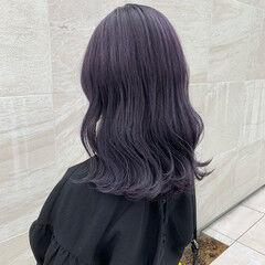 ガーリー ラベンダーアッシュ ホワイトブリーチ ハイトーンカラー ヘアスタイルや髪型の写真・画像