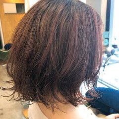 ガーリー 波巻き 美容師ピックアップ ほつれウエーブ ヘアスタイルや髪型の写真・画像