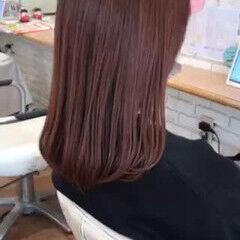フェミニン インナーカラー ロング 大人ハイライト ヘアスタイルや髪型の写真・画像