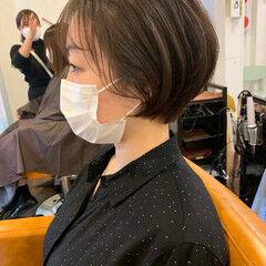 ナチュラル ショートヘア 簡単スタイリング お洒落 ヘアスタイルや髪型の写真・画像