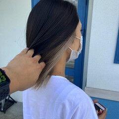 ホワイト ナチュラル 透明感 インナーカラー ヘアスタイルや髪型の写真・画像