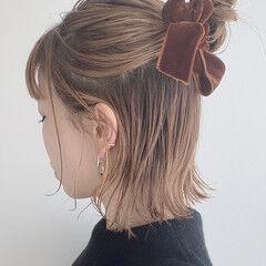簡単ヘアアレンジ リボンアレンジ 切りっぱなしボブ ヘアアレンジ ヘアスタイルや髪型の写真・画像