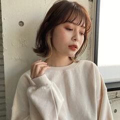 インナーカラー 韓国風ヘアー 簡単ヘアアレンジ フェミニン ヘアスタイルや髪型の写真・画像