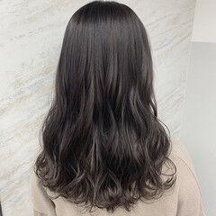 グラデーションカラー ガーリー 透け感ヘア 透明感 ヘアスタイルや髪型の写真・画像