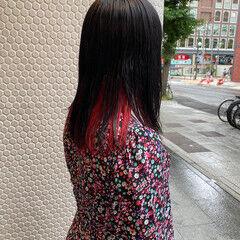 ブリーチカラー インナーピンク コーラル インナーカラー ヘアスタイルや髪型の写真・画像