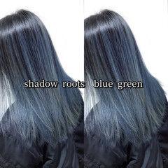 ヘアカラー バレイヤージュ セミロング ターコイズブルー ヘアスタイルや髪型の写真・画像