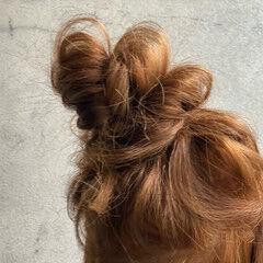 セルフアレンジ お団子アレンジ ロング ナチュラル ヘアスタイルや髪型の写真・画像