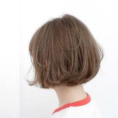 アッシュ グレージュ ルーズ 透明感 ヘアスタイルや髪型の写真・画像