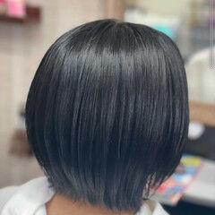モード グレージュ グレーアッシュ ボブ ヘアスタイルや髪型の写真・画像