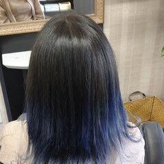 グラデーションカラー シルバーアッシュ グラデーション ミディアム ヘアスタイルや髪型の写真・画像